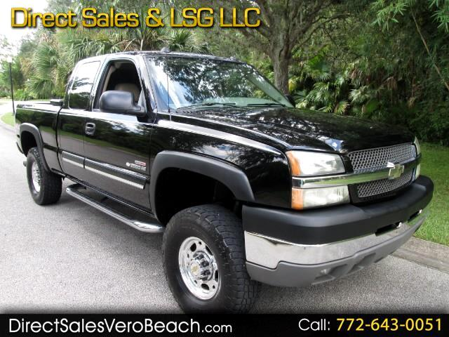 2004 Chevrolet Silverado 2500HD Ext. Cab Short Bed 4WD