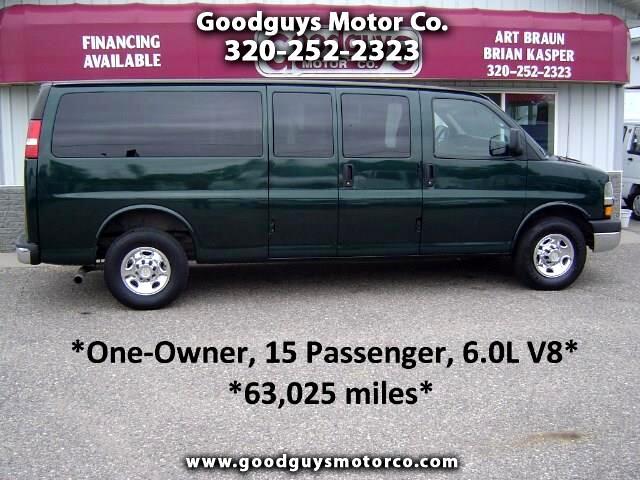 "2011 Chevrolet Express Passenger RWD 3500 135"" LS"