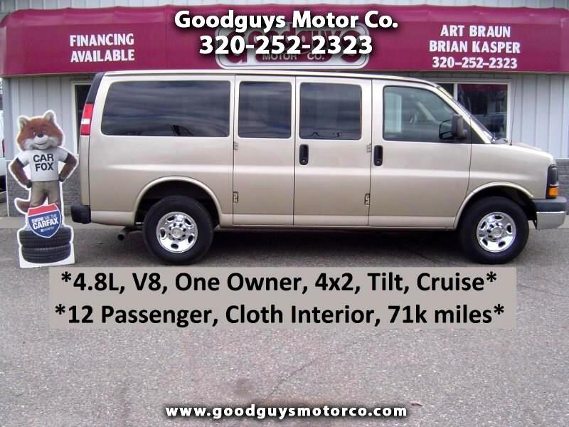"2011 Chevrolet Express Passenger RWD 2500 135"" 1LS"