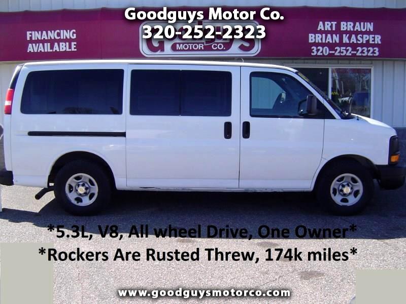"2005 Chevrolet Express Cargo Van 1500 135"" WB AWD"