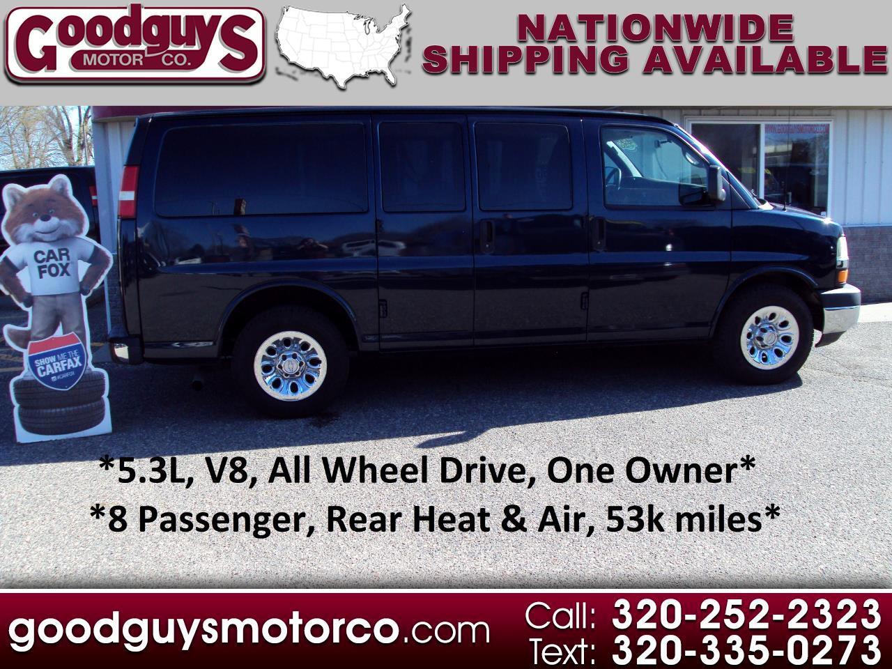 "Chevrolet Express Passenger AWD 1500 135"" 1LT 2011"