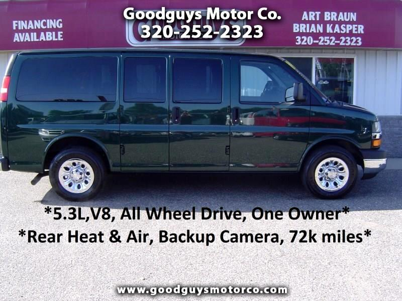 "2014 Chevrolet Express Passenger AWD 1500 135"" LT"