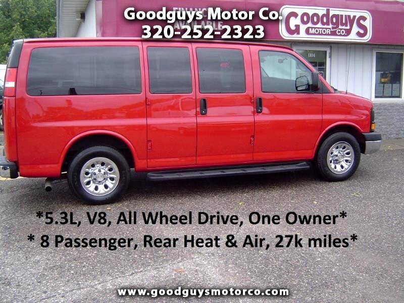 """2011 Chevrolet Express Passenger AWD 1500 135"""" 1LS"""