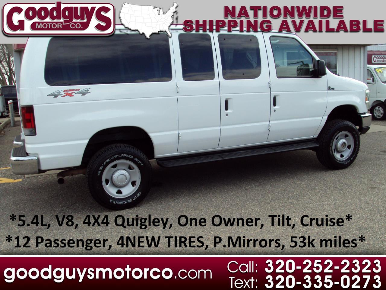 Ford Econoline Wagon E-350 Super Duty XLT 2010