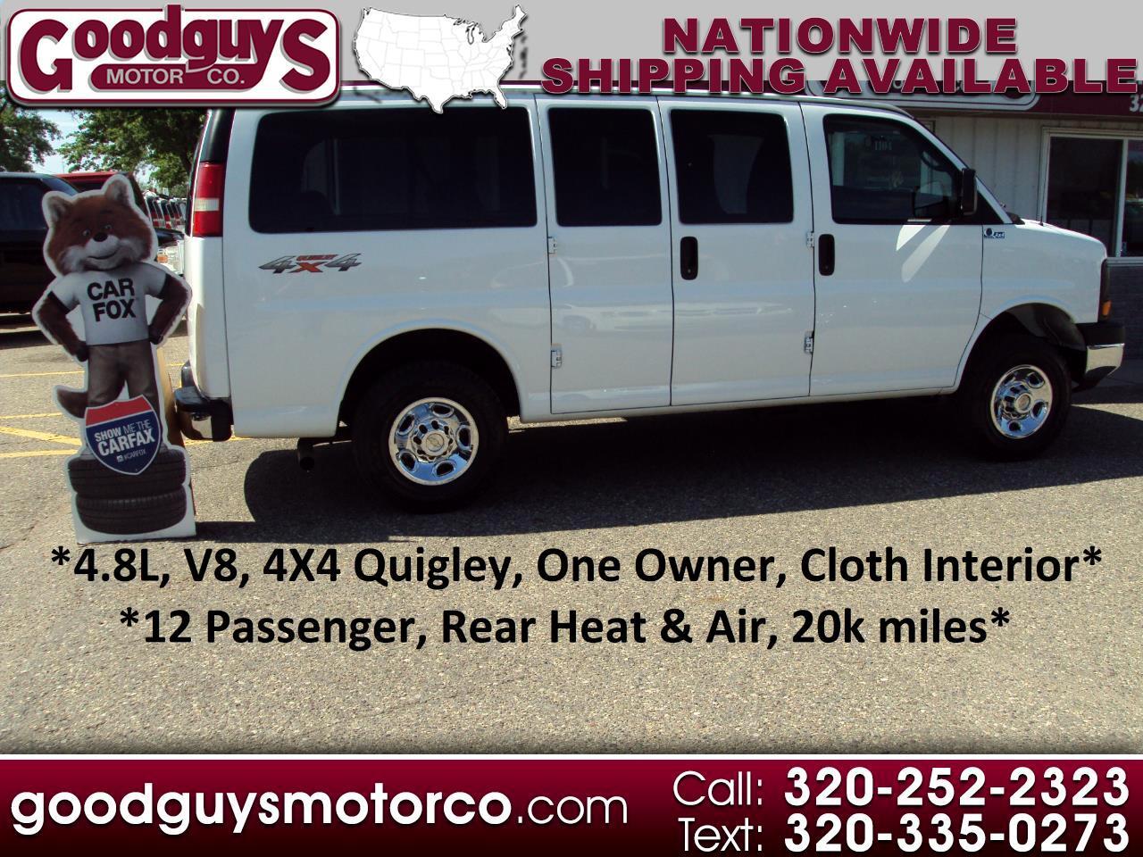 "Chevrolet Express Passenger RWD 2500 135"" 1LS 2011"