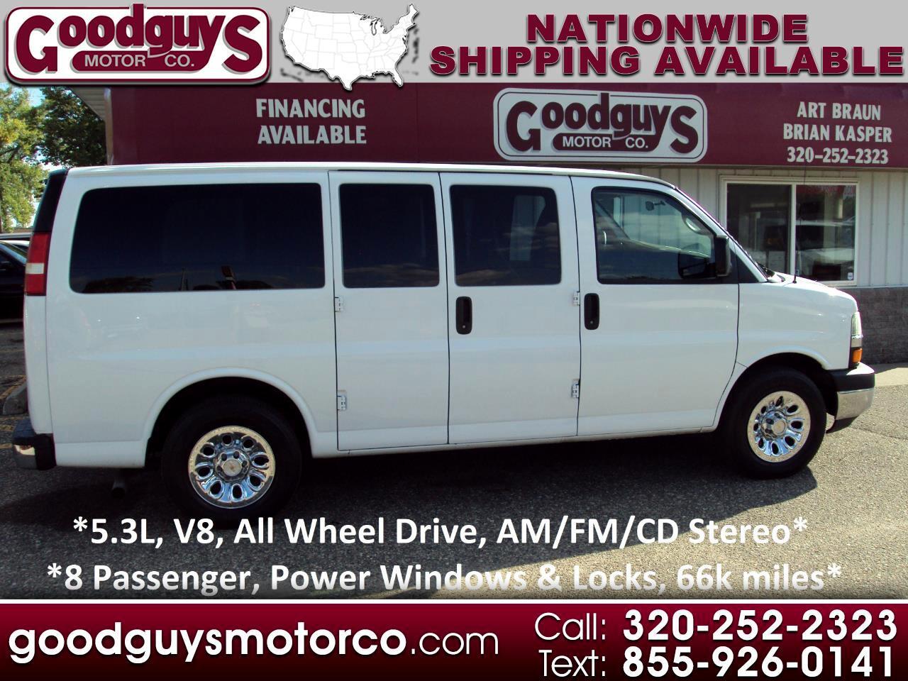 "Chevrolet Express Passenger AWD 1500 135"" LT 2013"