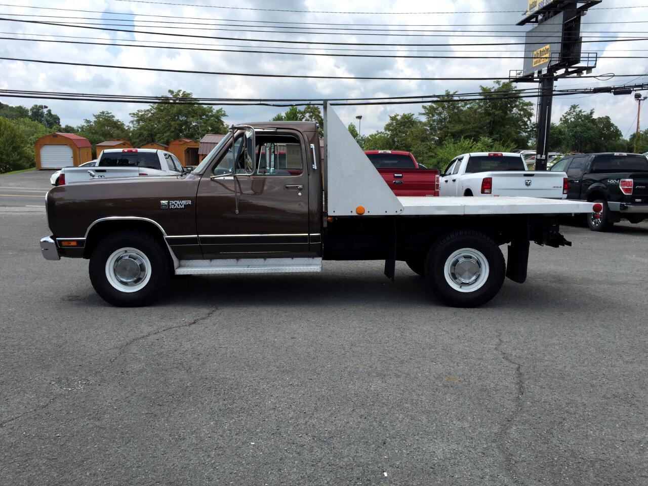 1988 Dodge 3/4 Ton Trucks W250 Sweptline 4WD