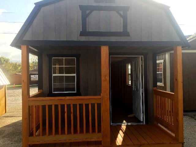 Backyard Outfitters Lofted Playhouse  2019