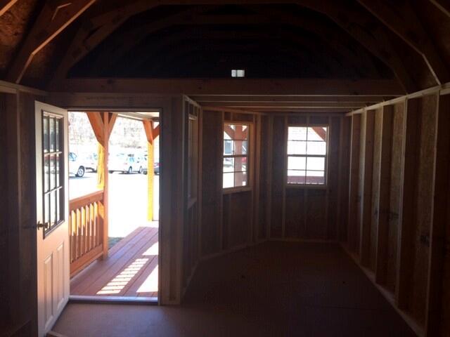 Backyard Outfitters Deluxe Lofted Barn Cabin  2019