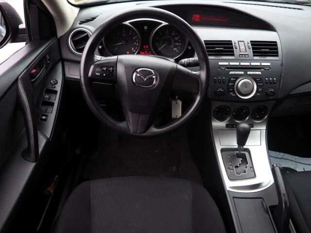 2011 Mazda MAZDA3 i Sport 4-Door