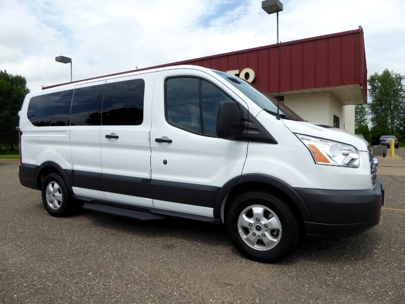 2018 Ford Transit 150 Wagon Low Roof XLT 60/40 Pass. 130-in. WB