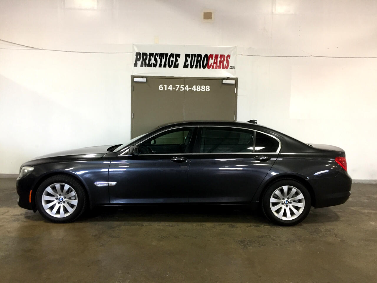 BMW 7 Series 4dr Sdn 750Li xDrive AWD 2010