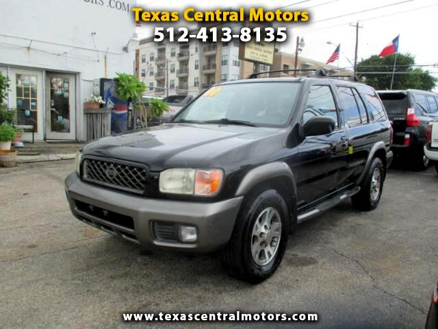 2000 Nissan Pathfinder XE 2WD