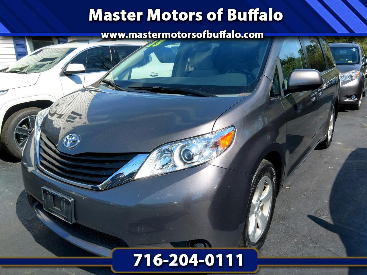 2013 Toyota Sienna LE FWD