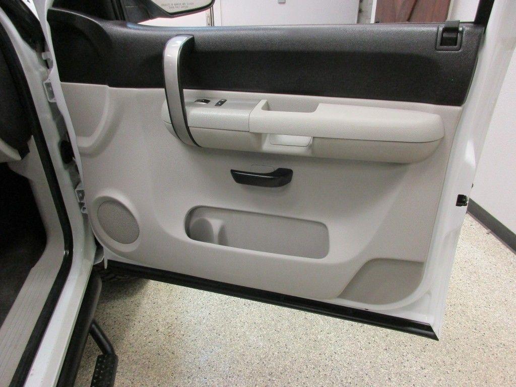 2008 Chevrolet Silverado 1500 LT Crew Cab Short Box 4WD