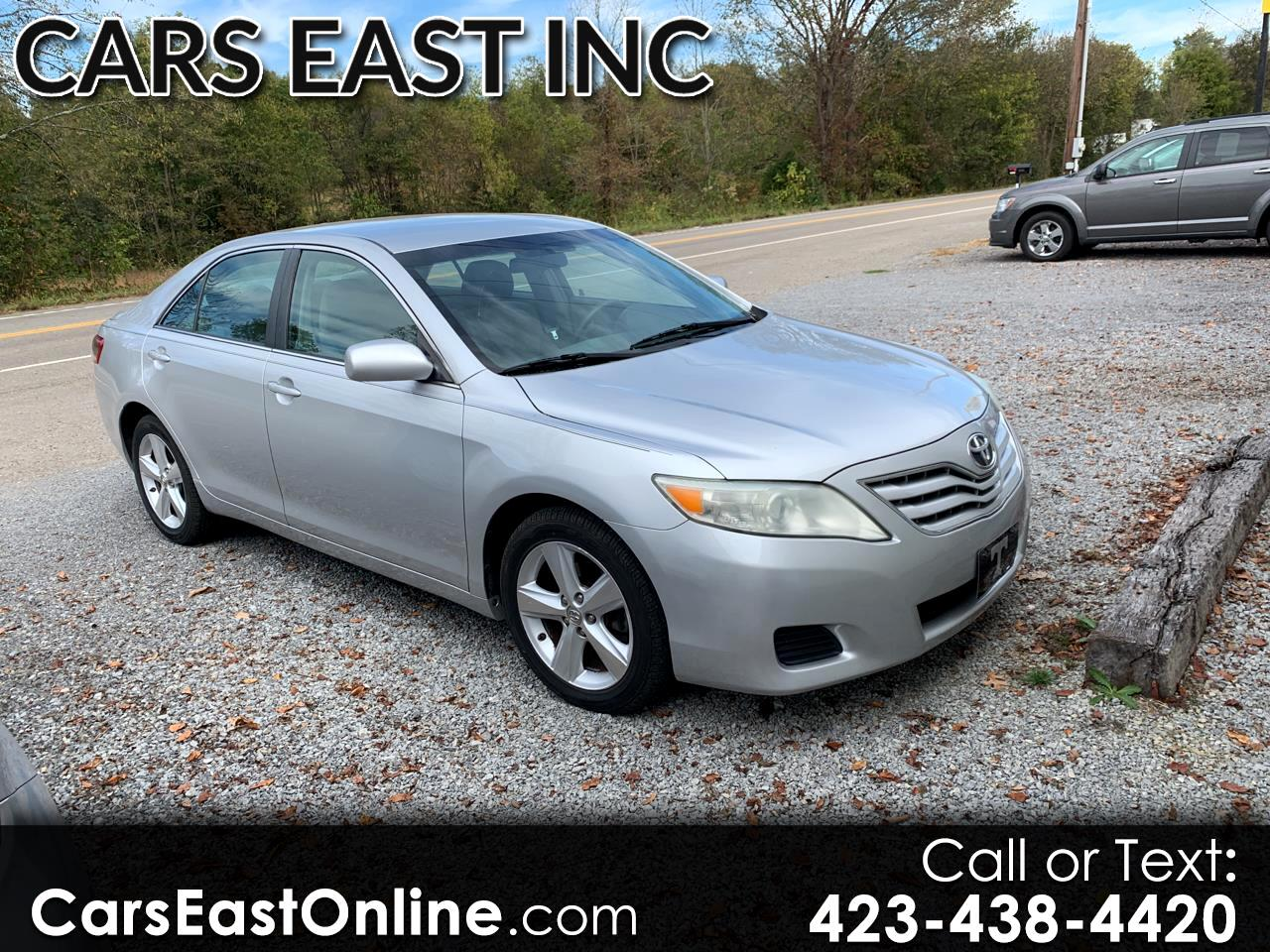 Toyota Camry 4dr Sdn LE Auto 2011