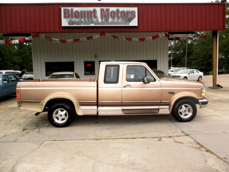 Ford F-150 Special SuperCab Short Bed 2WD 1995