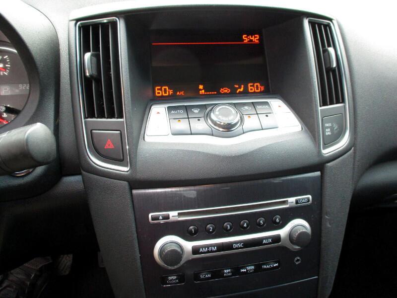 Nissan Maxima S 2014