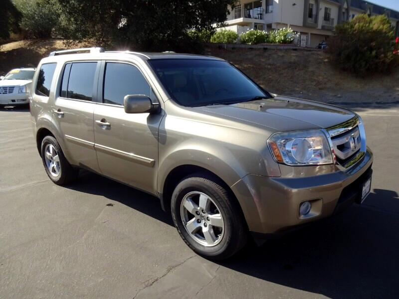 2011 Honda Pilot EX-L 2WD 5-Spd AT with DVD