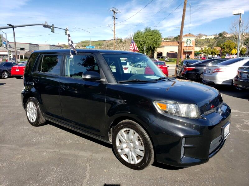 Scion xB 5-Door Wagon 4-Spd AT 2012