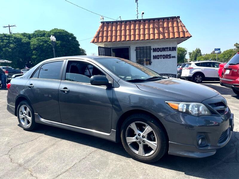 Toyota Corolla S 4-Speed AT 2011