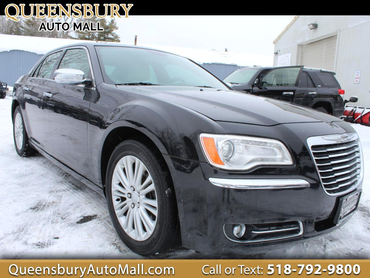 Chrysler 300 4dr Sdn Uptown Edition AWD 2014