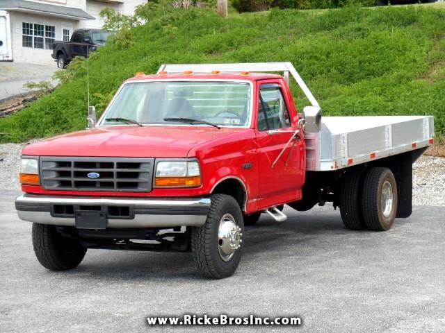 1996 Ford F-450 SD Regular Cab DRW 2WD