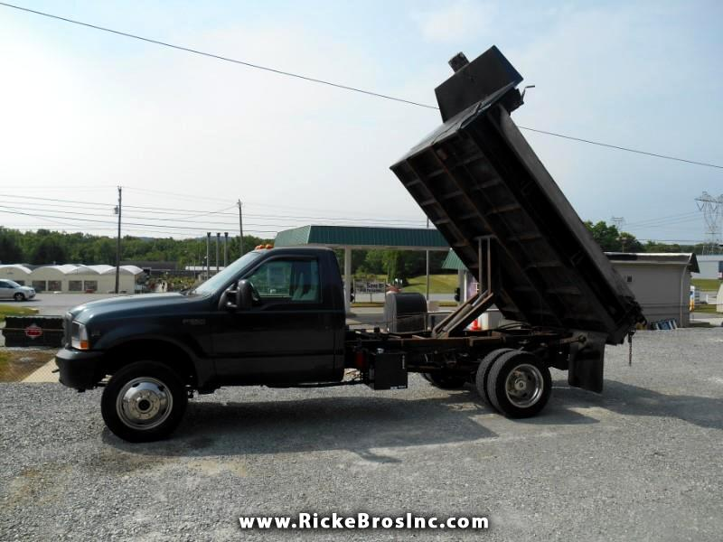 2004 Ford F-550 Regular Cab 4WD DRW
