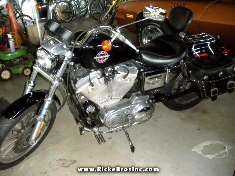 2002 Harley-Davidson XL 883 Hugger