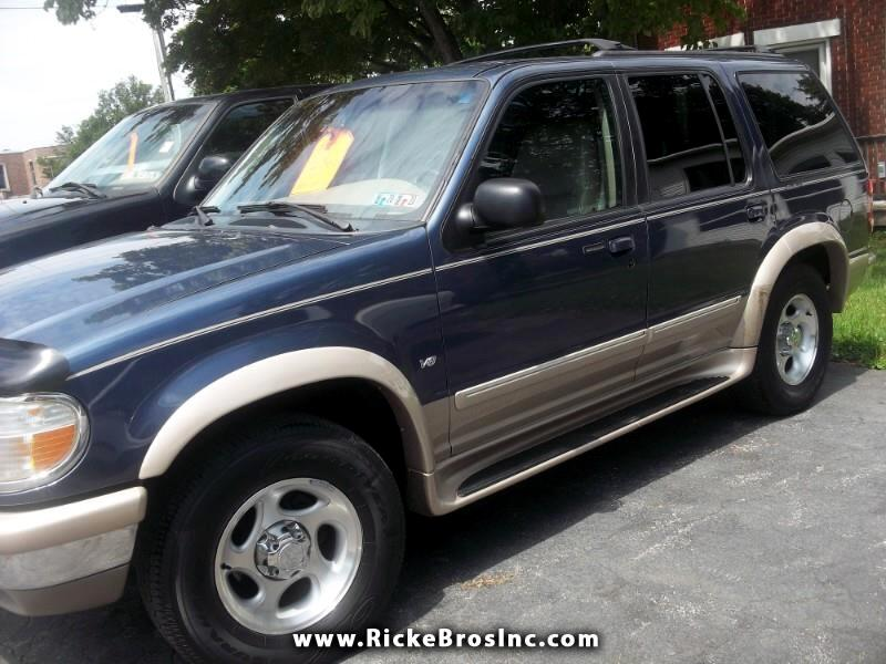 1998 Ford Explorer XLT 4-Door AWD