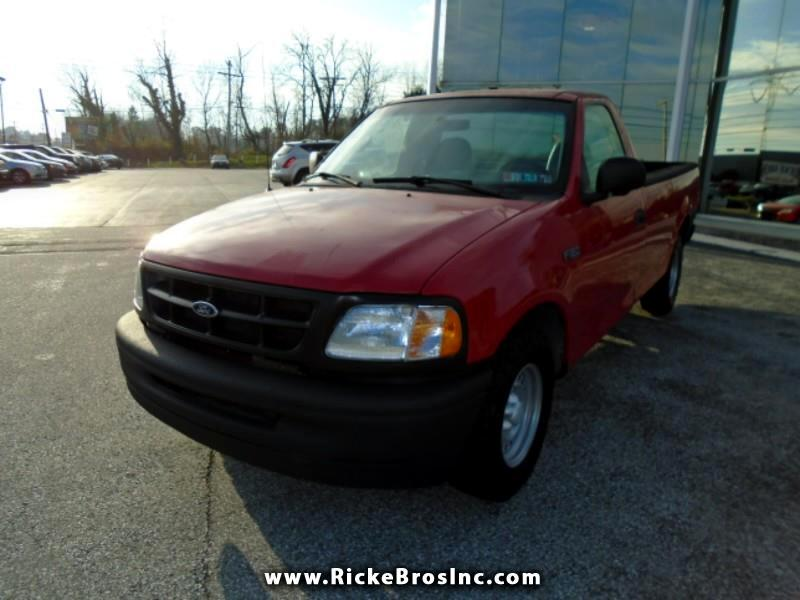 Ford F-150 Reg. Cab Short Bed 2WD 1997