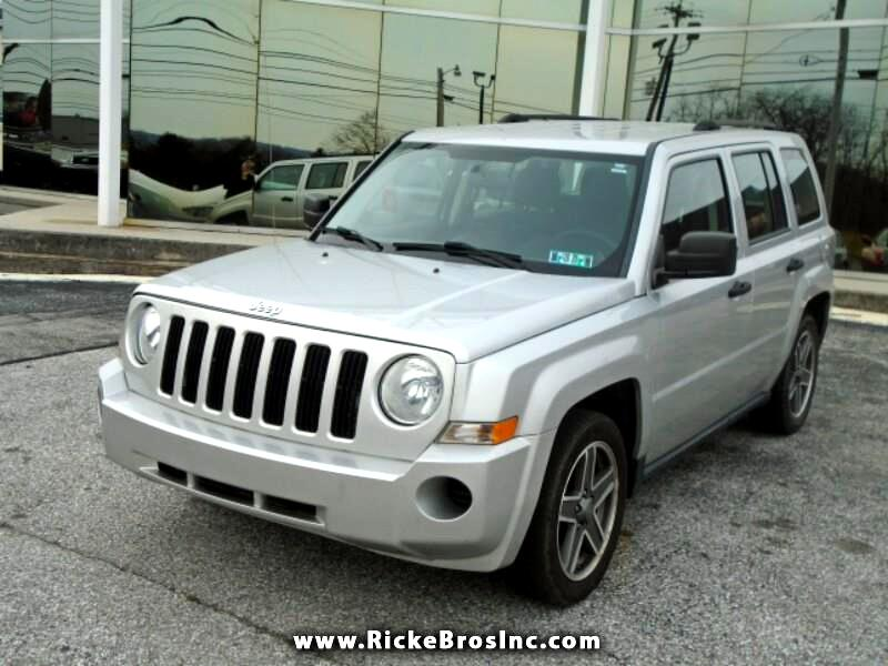 Jeep Patriot Sport 2WD 2010
