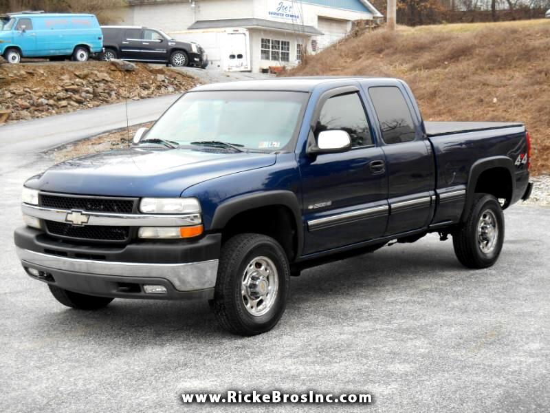 Chevrolet Silverado 2500HD LS Ext. Cab Short Bed 4WD 2002