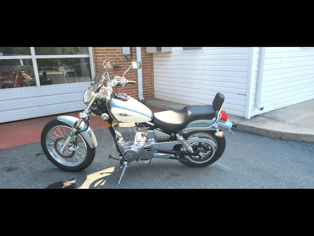 Suzuki Motorcycles Unknown  2013