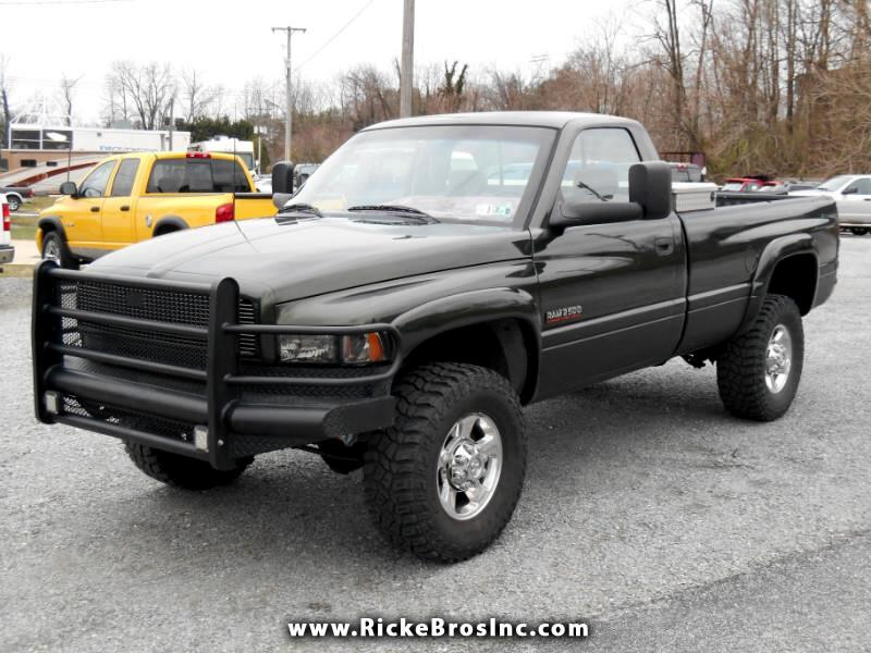 Dodge Ram 2500 HD Reg. Cab 8-ft. Bed 4WD 1996