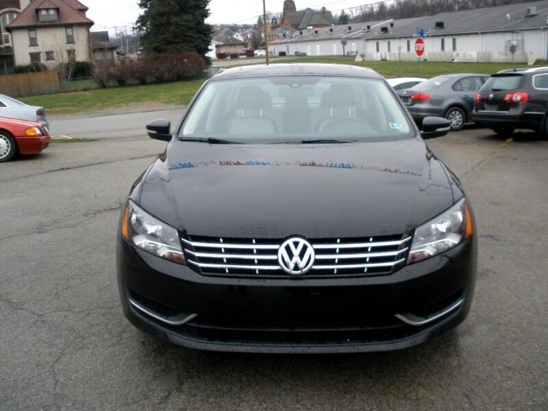 Volkswagen Passat 2.0L TDI SE AT 2014