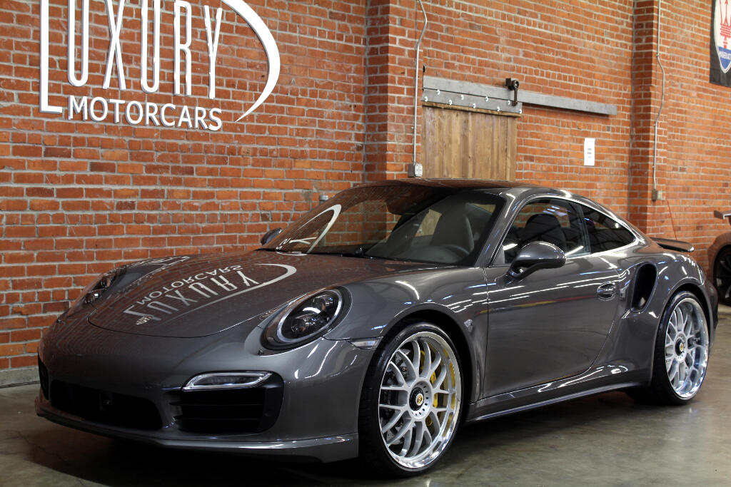 2016 Porsche 911 Turbo S Coupe