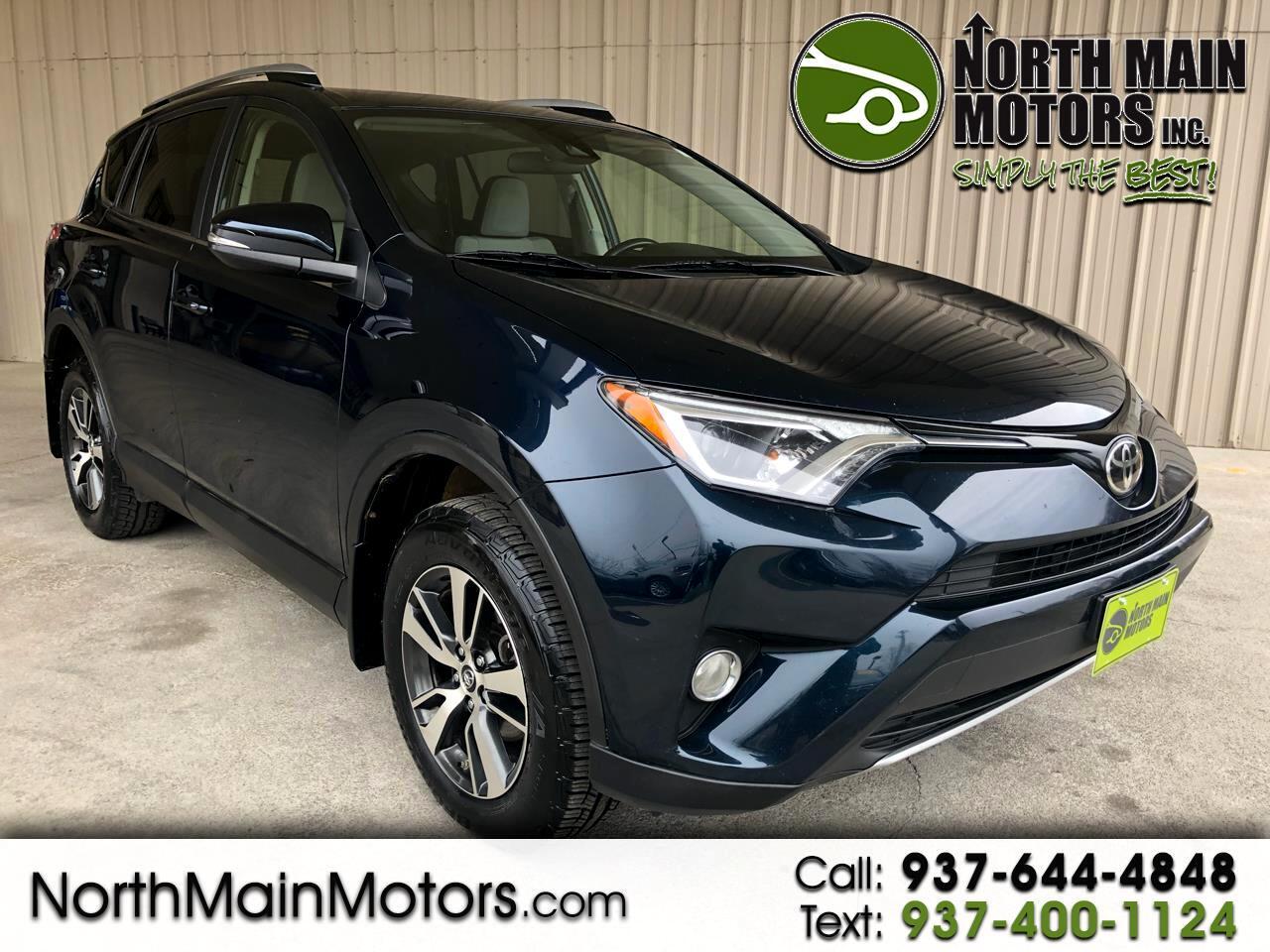Toyota RAV4 XLE AWD (Natl) 2017