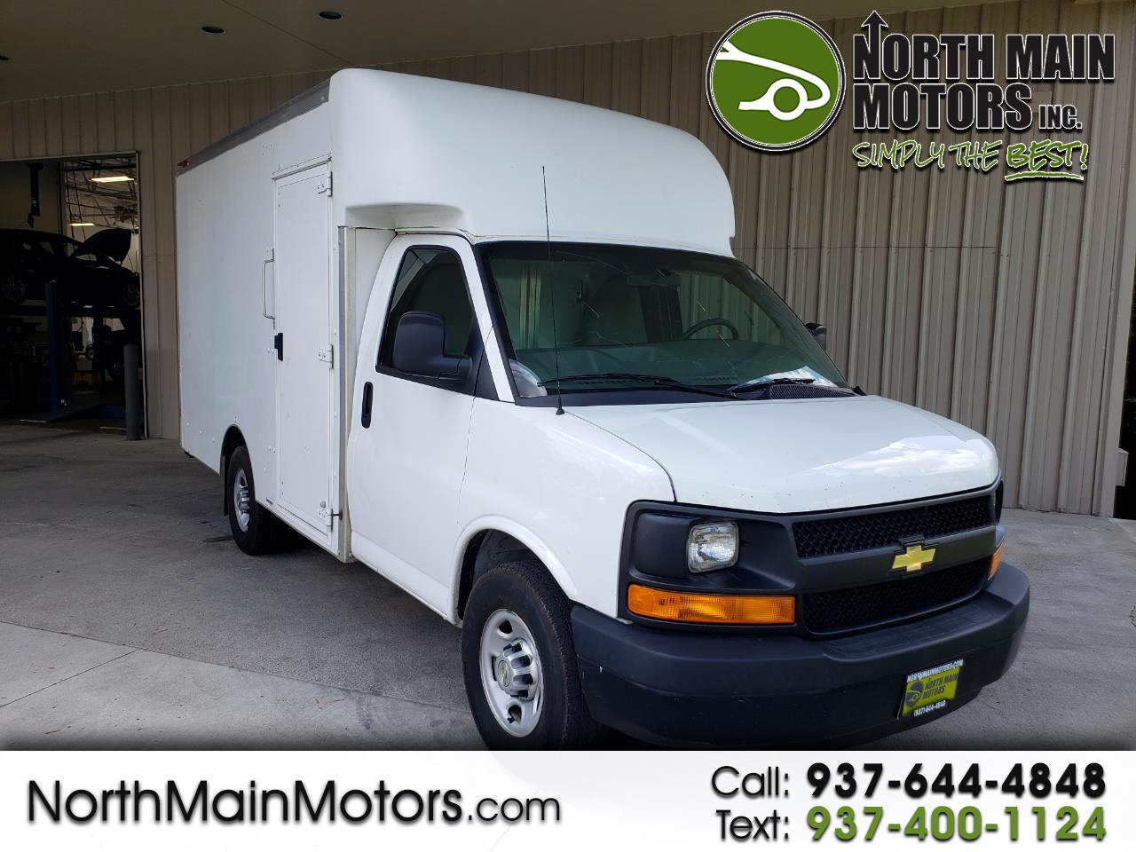 """Chevrolet Express Commercial Cutaway 3500 Van 139"""" 2014"""