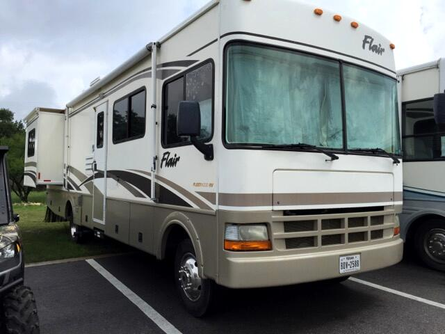 2003 Fleetwood Flair M31A