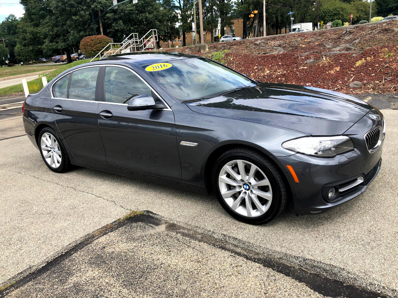 BMW 5-Series 535i xDrive 2016