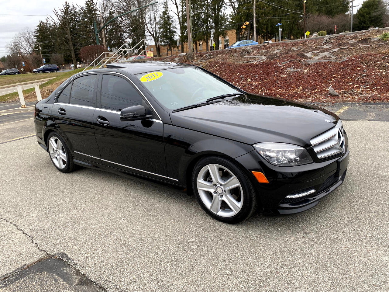 Mercedes-Benz C-Class C300 4MATIC Sport Sedan 2011