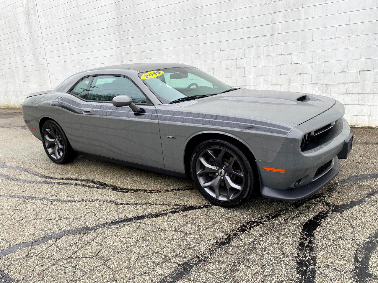 Dodge Challenger 2dr Cpe R/T 2019