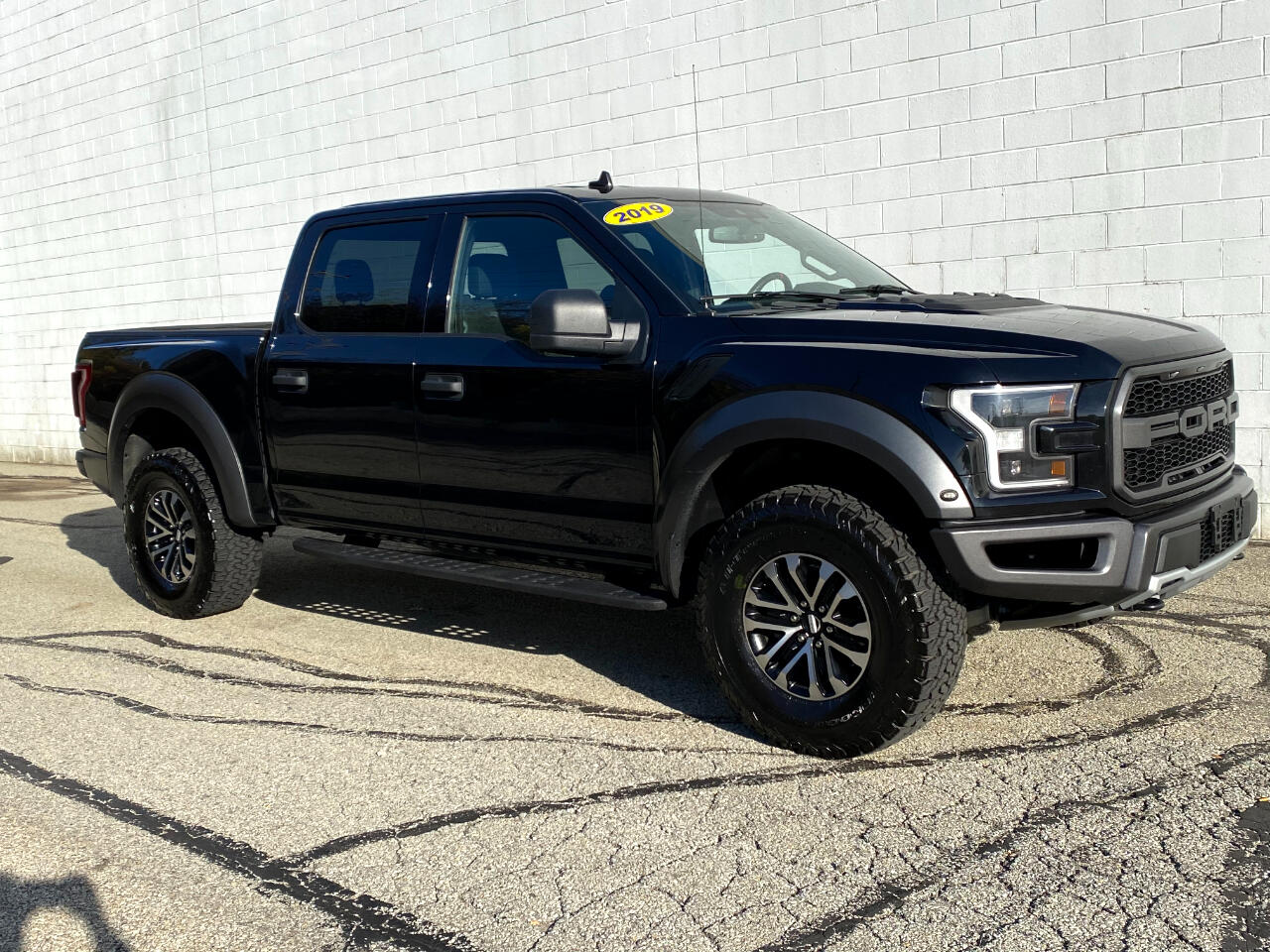 Ford F-150 Raptor SuperCrew 4WD 2019