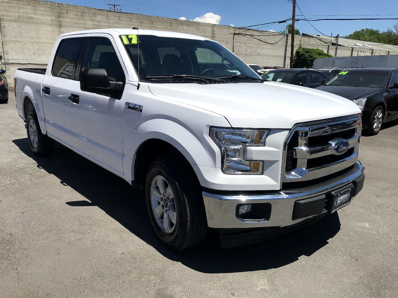 "2017 Ford F-150 2WD SuperCrew 139"" XLT"