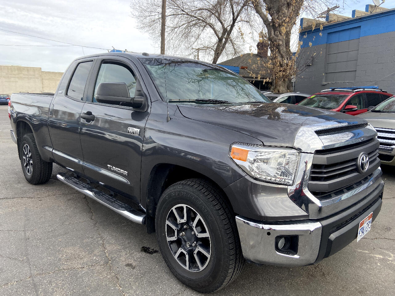 Toyota Tundra 4WD Truck Double Cab 5.7L V8 6-Spd AT TRD Pro (Natl) 2015