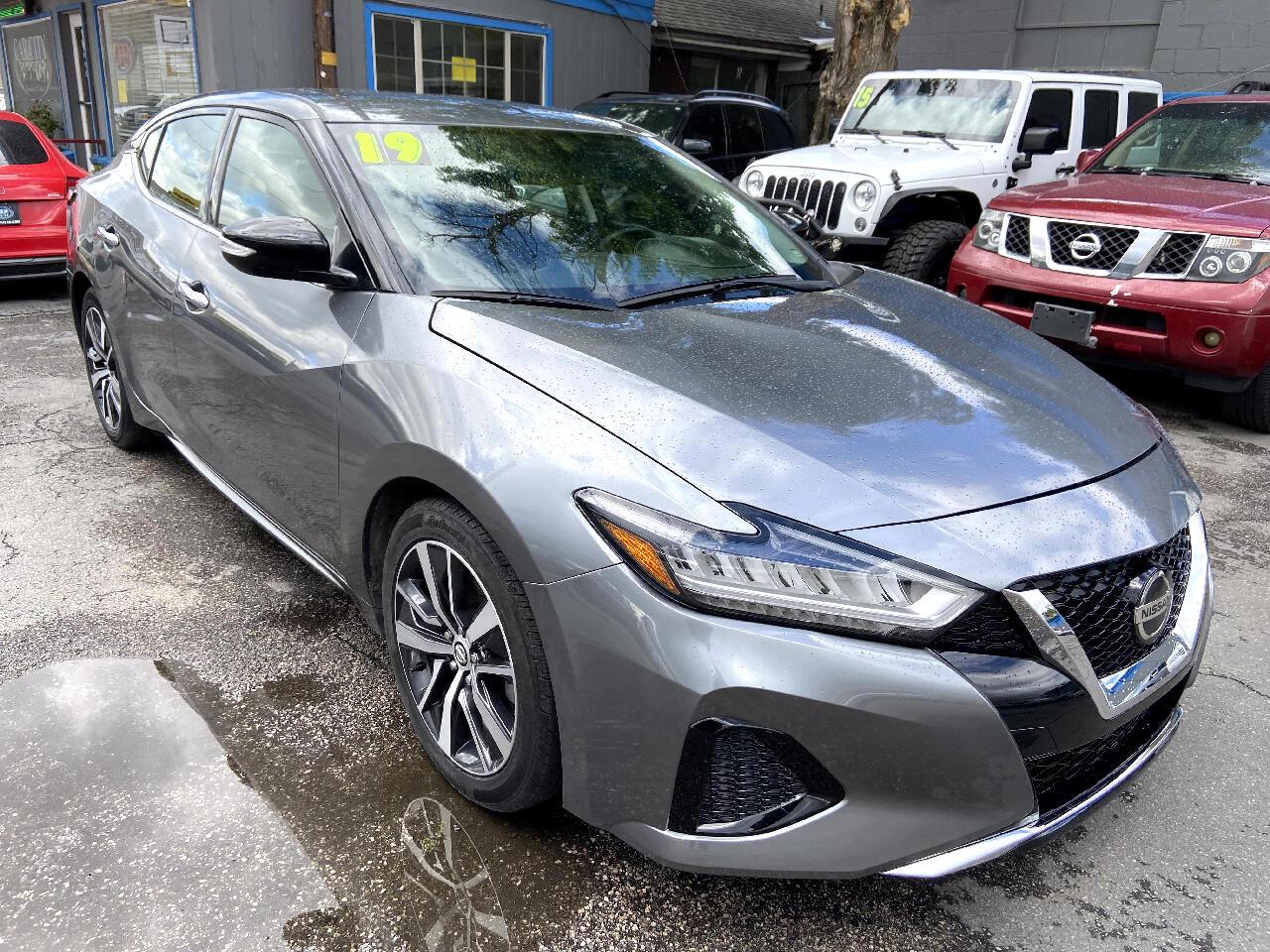 Nissan Maxima SV 3.5L 2019