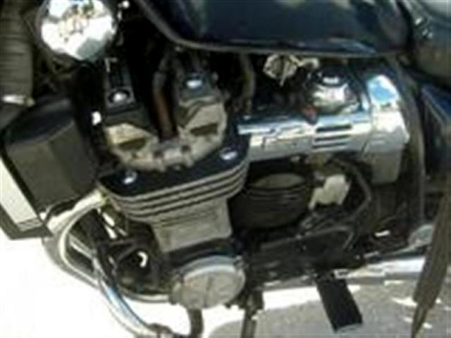 1985 Yamaha XJ700 Maxim Windshield Bags sound system and more