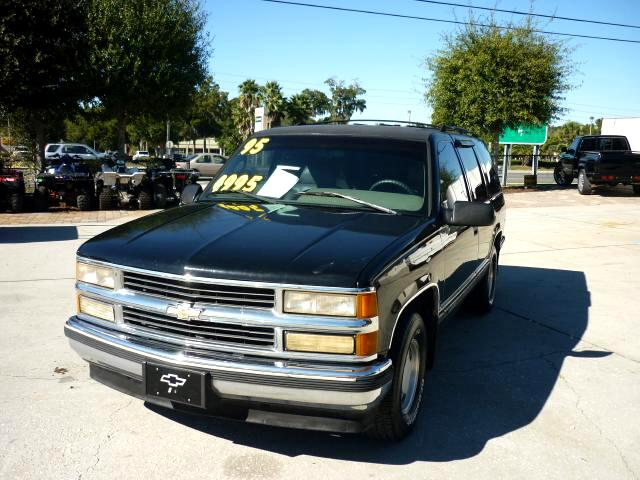 1995 Chevrolet Tahoe 4-Door 2WD Dual Exhaust Towing Package very clean