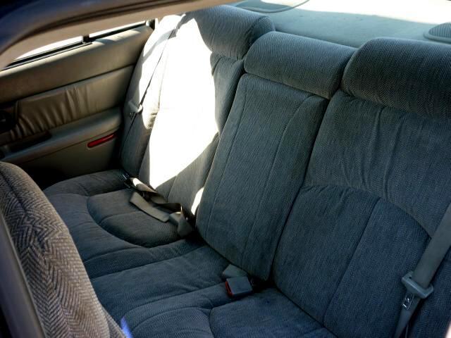 1997 Buick Regal LS 4 door mid size car good on gas